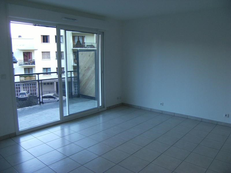 Rental apartment Chambery 625€ CC - Picture 3
