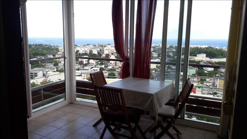 Sale apartment St denis 98000€ - Picture 1