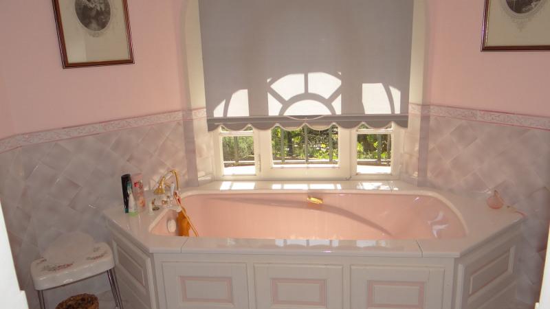 Vacation rental house / villa Cavalaire sur mer 4200€ - Picture 10