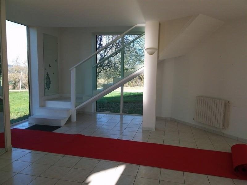 Location maison / villa Castelculier 1030€ CC - Photo 3