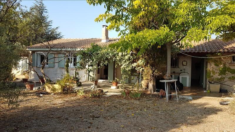 Location maison / villa Aureille 1300€ CC - Photo 1