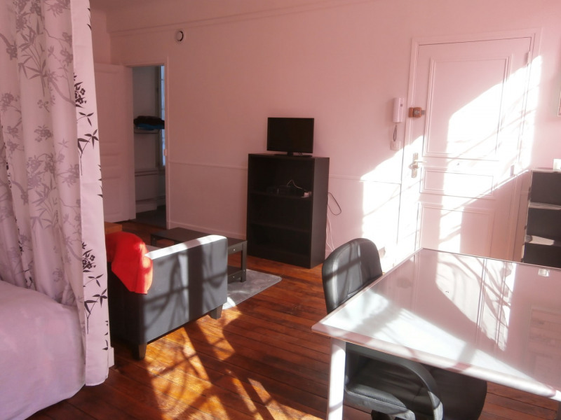 Rental apartment Fontainebleau 890€ CC - Picture 18