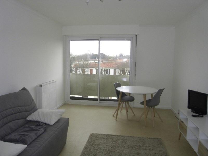 Rental apartment Cognac 361€ CC - Picture 2