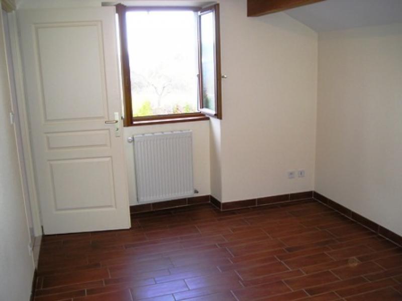 Rental house / villa Lalleyriat 618€ CC - Picture 5
