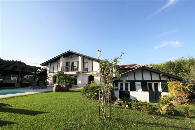 Deluxe sale house / villa Urrugne 1290000€ - Picture 1