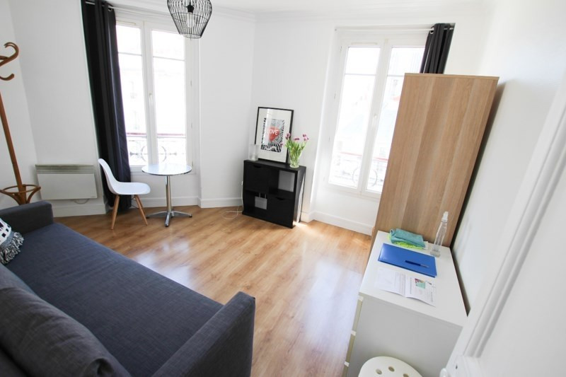 Rental apartment Paris 11ème 995€ CC - Picture 2