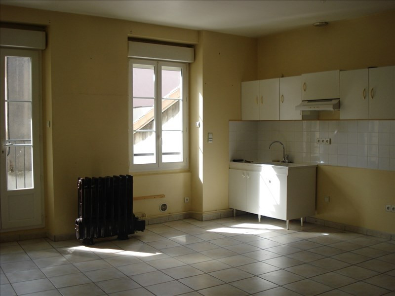 Rental apartment Ste colombe 640€ CC - Picture 3