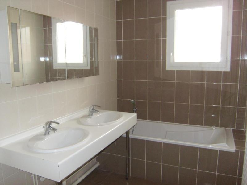 Location maison / villa Quetigny 890€cc - Photo 7