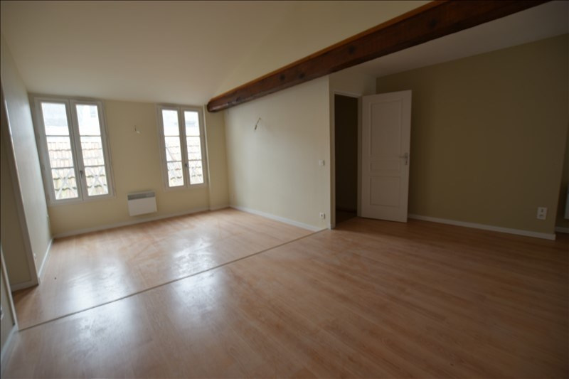 Sale apartment Pau 117 000€ - Picture 1