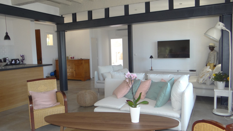 Vacation rental house / villa Cavalaire sur mer 3 500€ - Picture 8