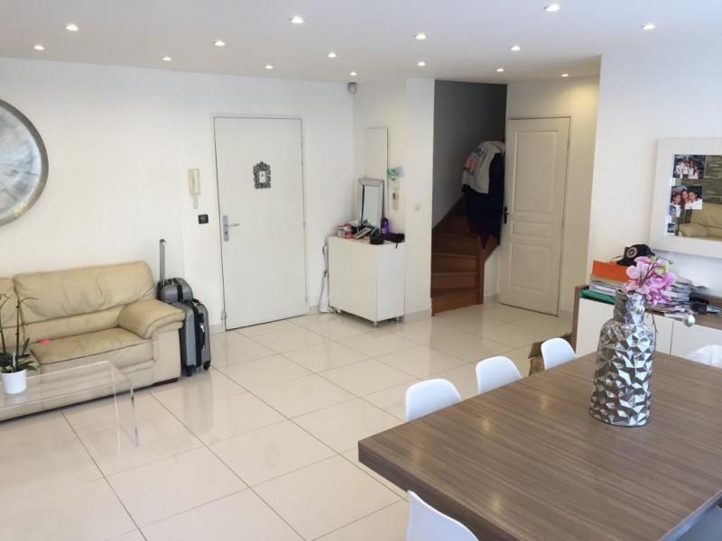 Sale apartment Marseille 8ème 359000€ - Picture 1