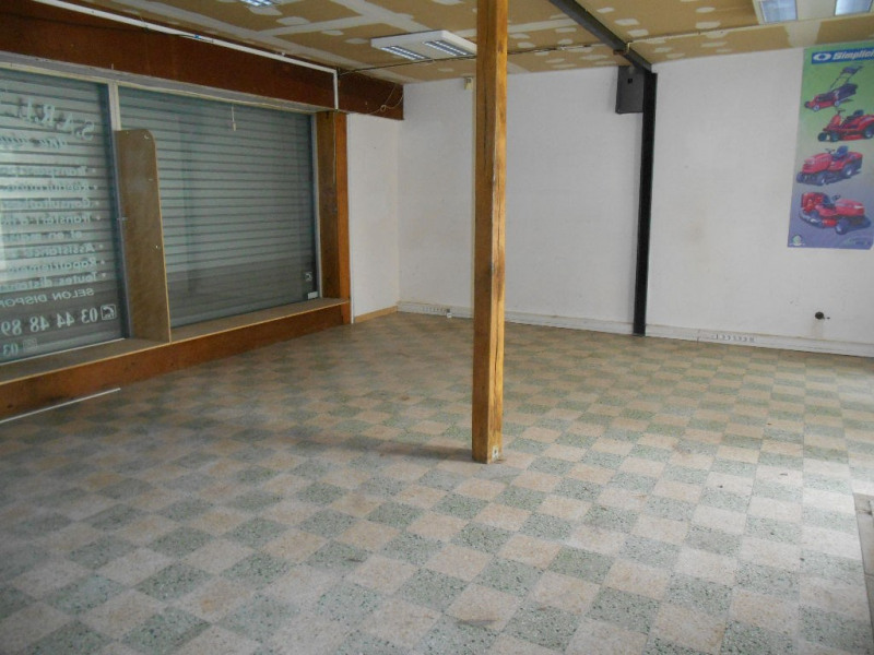 Local commercial + appartement F3 à Crèvecoeur