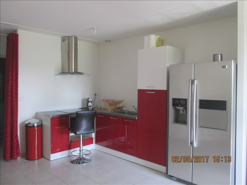 Rental apartment Labastide st pierre 520€ CC - Picture 1