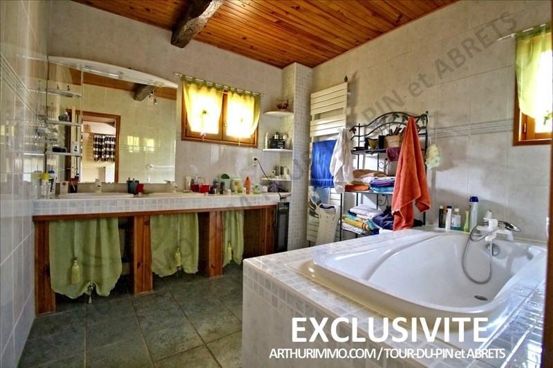 Sale house / villa Les abrets 225000€ - Picture 7