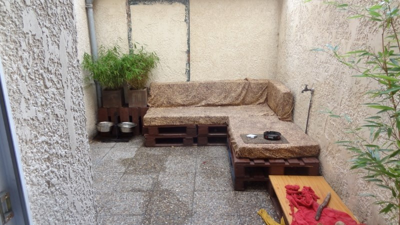 Rental apartment St quentin 550€ CC - Picture 1