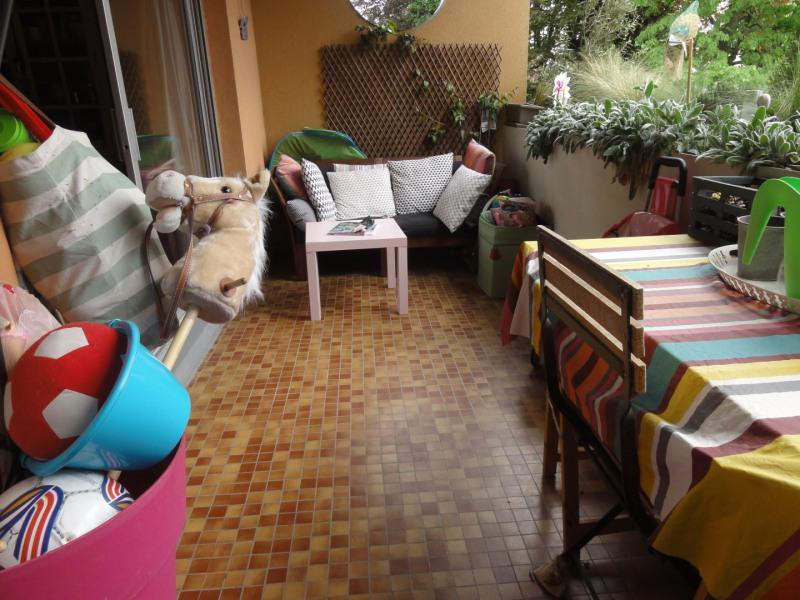 Sale apartment Caluire-et-cuire 320000€ - Picture 2