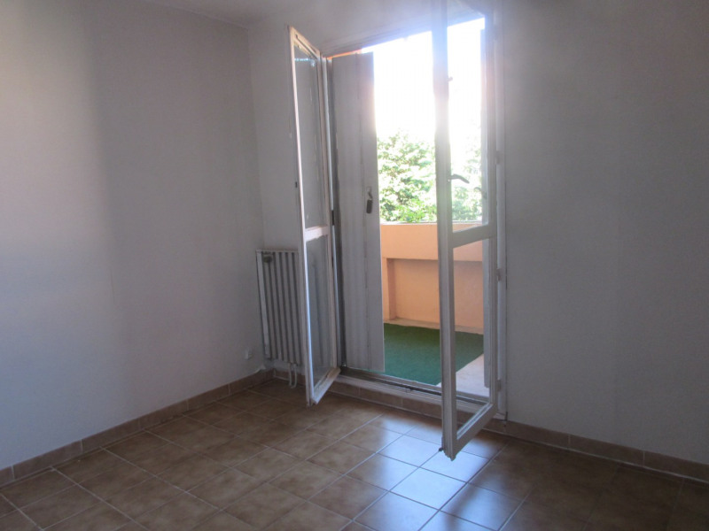 Location appartement Aix-en-provence 910€ CC - Photo 2