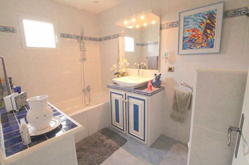 Vente de prestige maison / villa Cagnes sur mer 585000€ - Photo 9