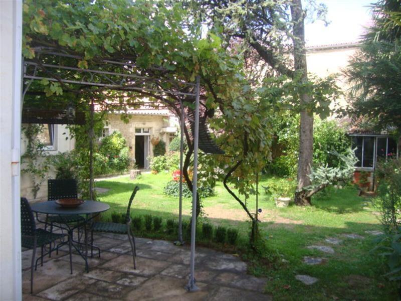 Vente maison / villa Saint-jean-d'angély 327050€ - Photo 3