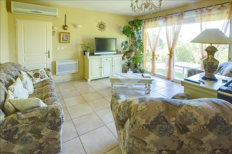Vente de prestige maison / villa Brignoles 634400€ - Photo 11
