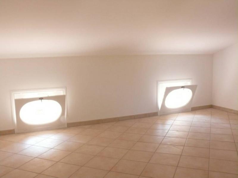 Rental apartment Villeneuve-les-avignon 950€ CC - Picture 4