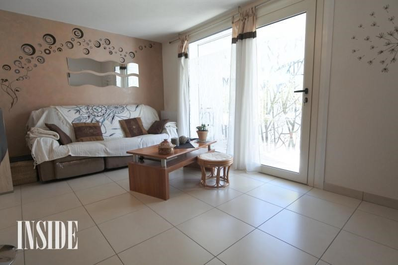 Sale apartment Collonges 219 000€ - Picture 2