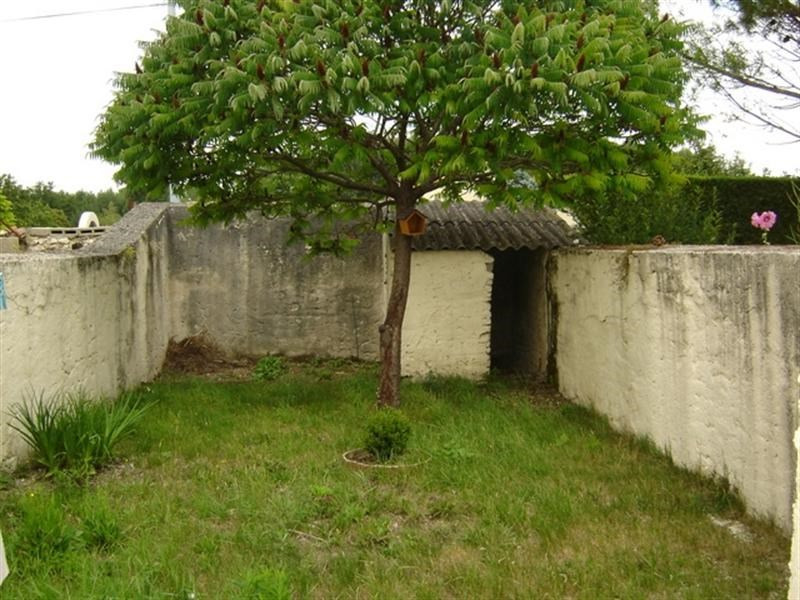 Sale house / villa Saint-jean-d'angély 106800€ - Picture 6