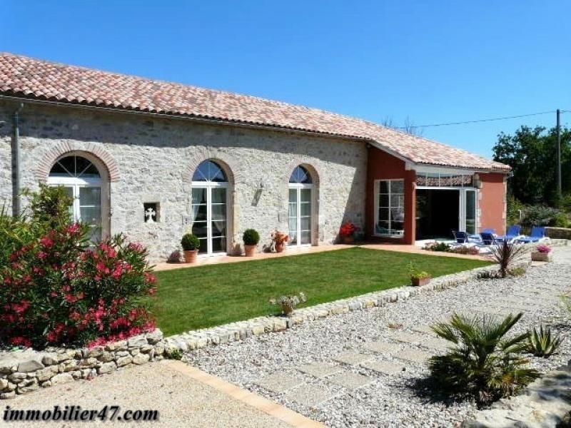 Deluxe sale house / villa Prayssas 665000€ - Picture 2