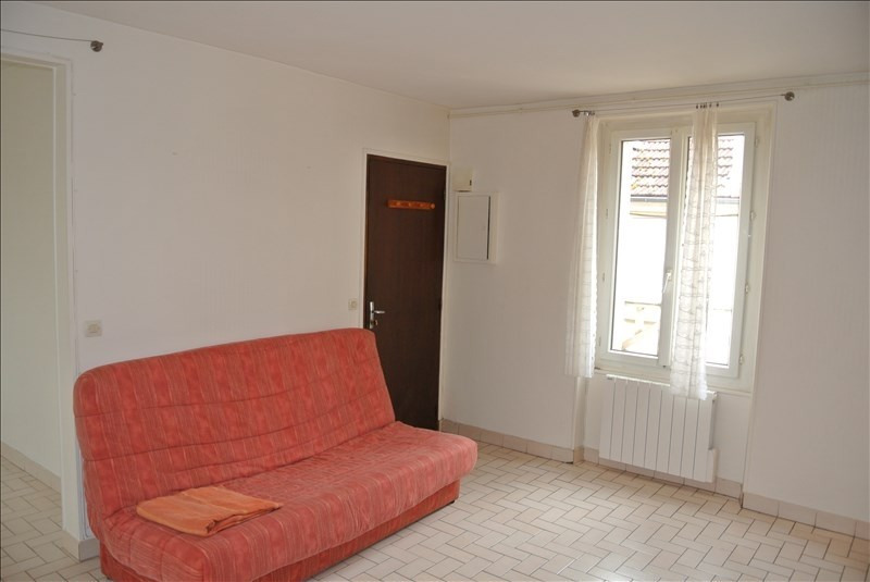 Location appartement Chambourcy 600€ CC - Photo 1