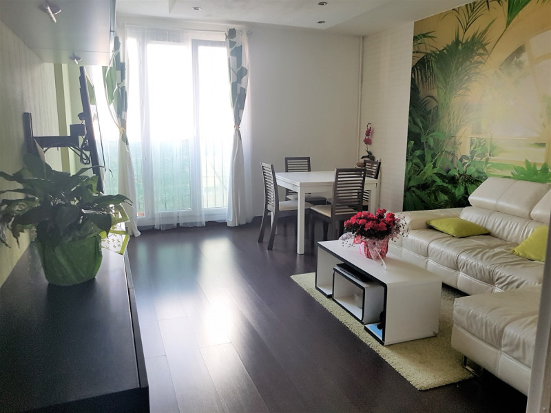 Sale apartment Taverny 165 300€ - Picture 1
