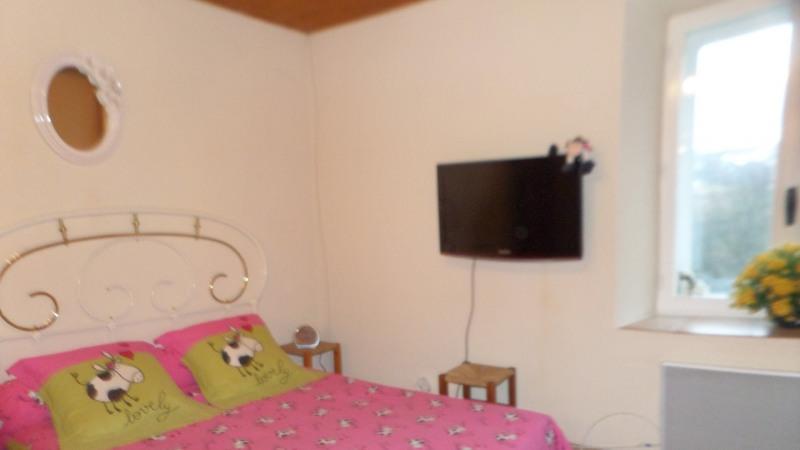 Sale house / villa Le beage 263000€ - Picture 8