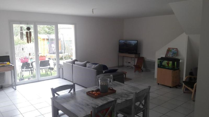 Rental house / villa Mimet 1170€ CC - Picture 3