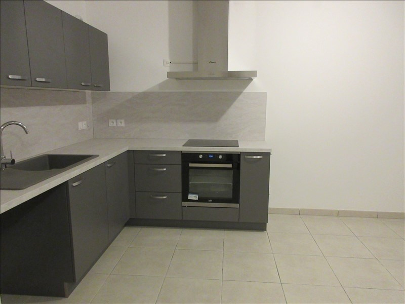 Location appartement Voiron 780€ CC - Photo 2