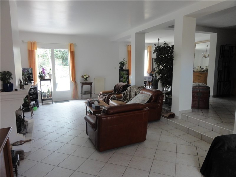Sale house / villa Montfort l amaury 540 000€ - Picture 3