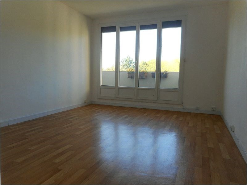 Rental apartment Athis mons 744€ CC - Picture 2