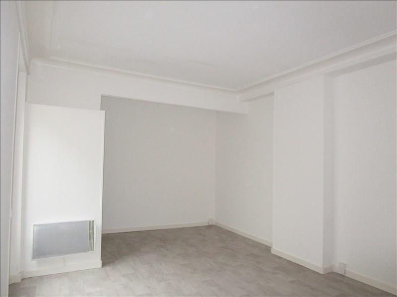 Location appartement Versailles 840€ CC - Photo 2