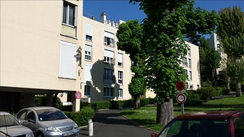 Sale apartment Bougival 189 000€ - Picture 2