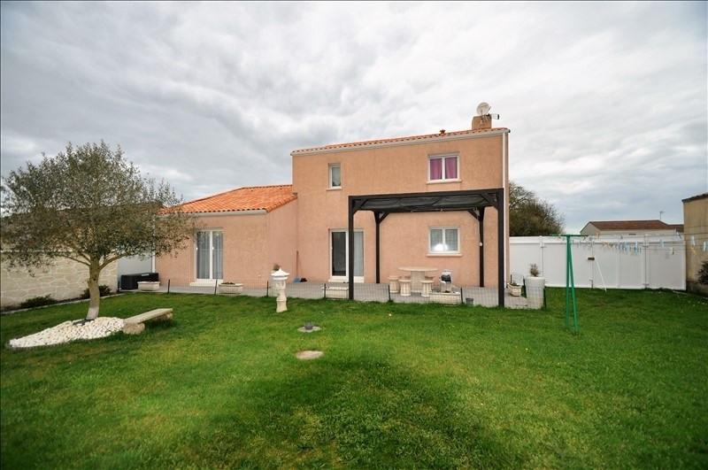 Sale house / villa Vue 262500€ - Picture 1