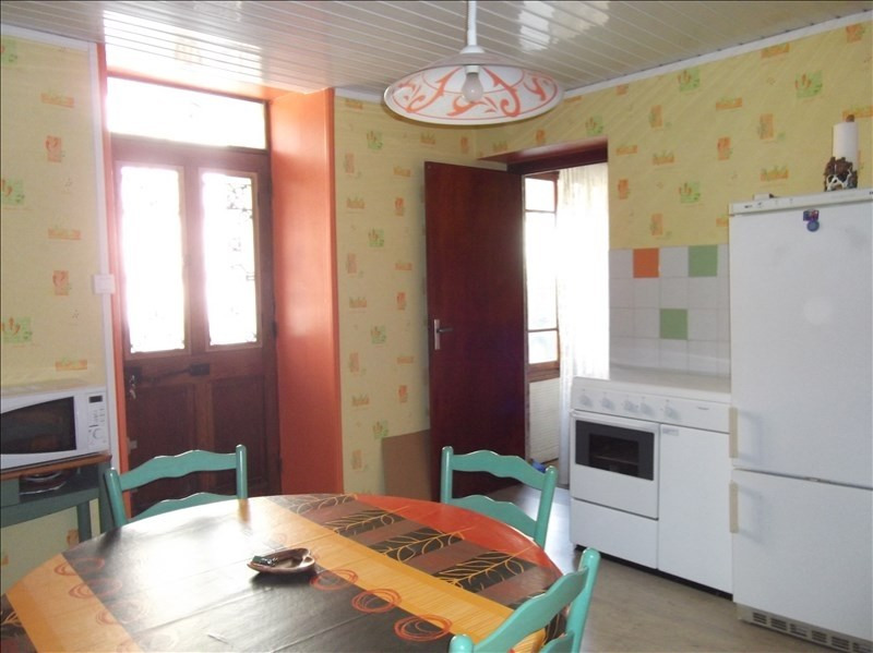 Vente maison / villa Yenne 115 000€ - Photo 2