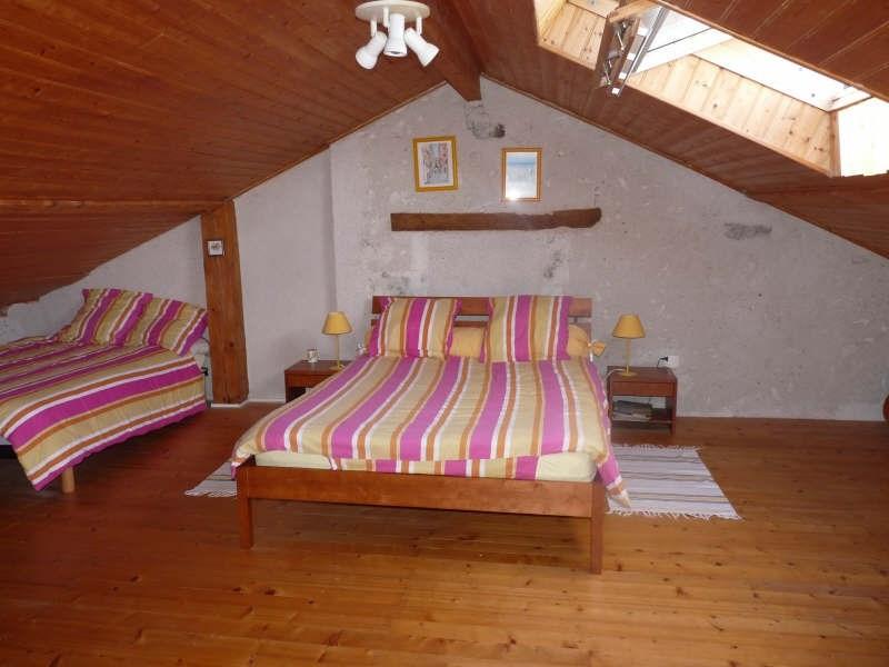 Sale house / villa Roquefort 386400€ - Picture 7