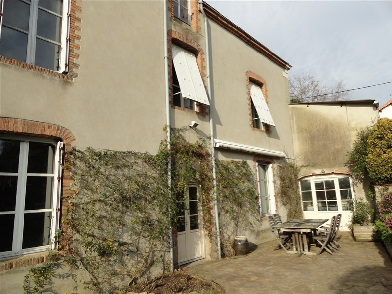 Sale house / villa Clisson 399 900€ - Picture 2
