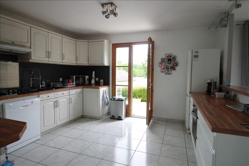 Sale house / villa Auneau 334000€ - Picture 4