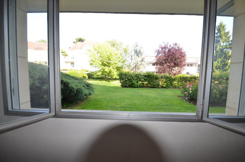 Sale apartment Croissy-sur-seine 298000€ - Picture 11