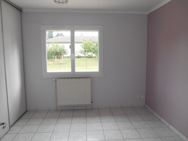 Sale house / villa St laurent de mure 265 000€ - Picture 2