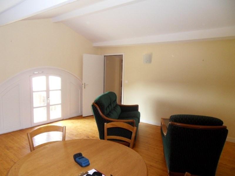 Rental apartment Segonzac 350€ CC - Picture 2