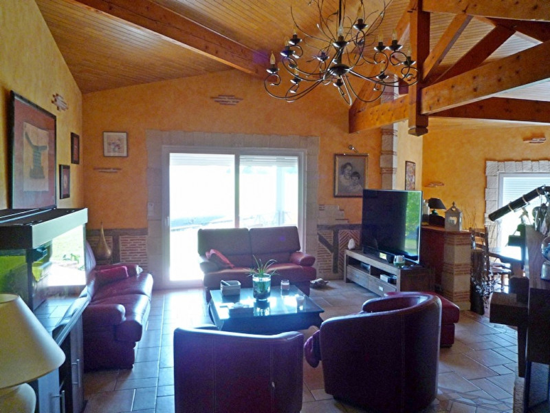 Sale house / villa La croix blanche 354000€ - Picture 6