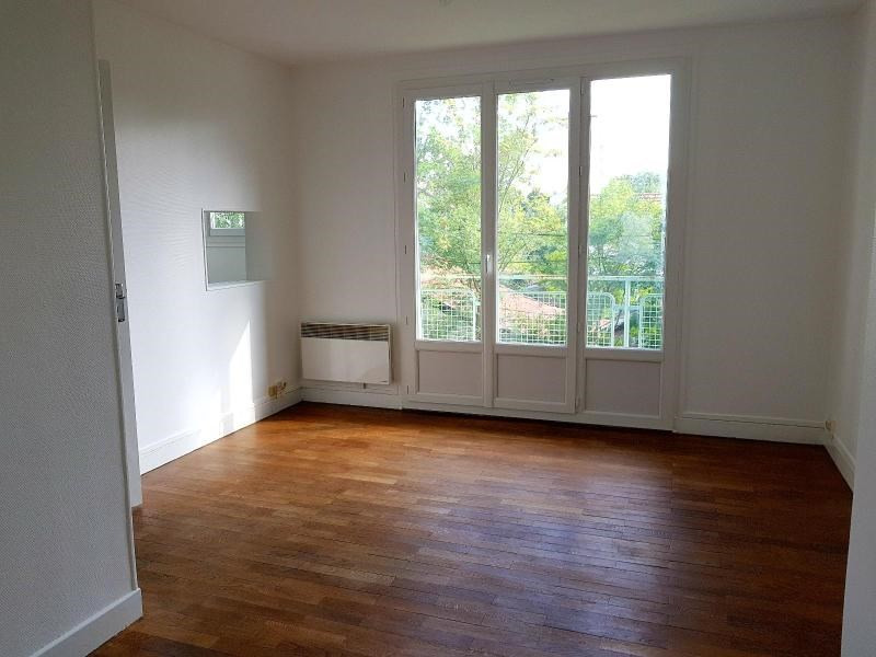 Location appartement Grenoble 383€ CC - Photo 4