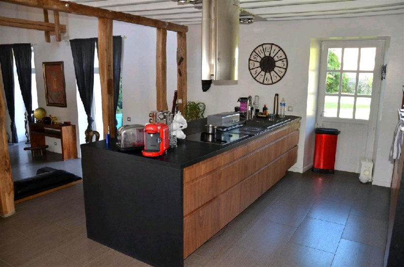 Sale house / villa Machault 426000€ - Picture 7