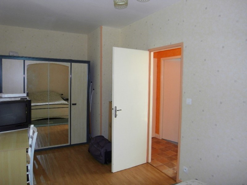 Rental apartment Angeac champagne 423€ CC - Picture 6