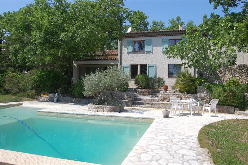 Vente de prestige maison / villa Saint-paul-en-forêt 749000€ - Photo 1